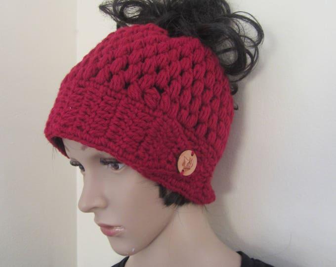 messy bun beanie/MESSY BUN HAT/ponytail beanie/crochet hat/bun beanie/bun hat/ponytail hat/woman headband/hair accessory/Man bun/