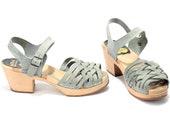 RESERVED...US women 6.5 Swedish Clog Sandals Wooden Platform Vintage Hasbeens Designer Shoes Ankle Strap Woven Grey Sandals . Eur 37 Uk 4