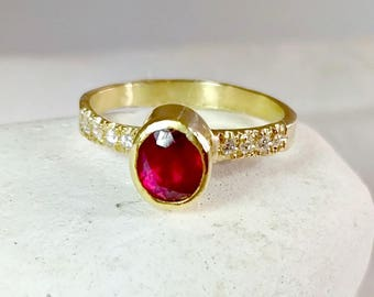 Ruby Ring, Ruby and Diamond  Ring, 1.30 carat Ruby and Diamond 18 kt solid gold ring, ruby engagement ring,  Solitaire Ring