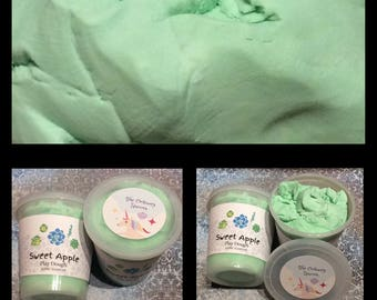 Green Sweet Apple Scented Silky Play Dough by The Ordinary Unicorn 8 OZ ounces Pastel Party Favor for Birthday