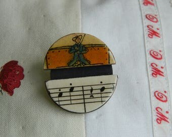 Brooch - Antique paper and wooden chips brooch - Handmade jewelry - handmade brooch -  1930 graphic - The coachman and music