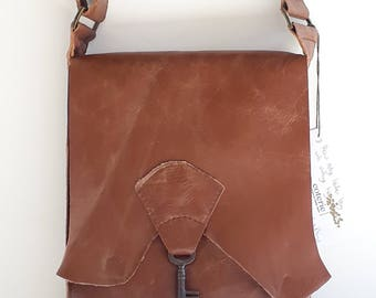 Raw edge leather messenger bag with vintage key - rich tan