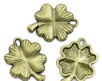 30% Retirement Closeout - Charm, Four Leaf Clover, Shamrock, Antiqued Brass, 25x20mm, 5 Pieces, 8S-CHSHAM-005-001