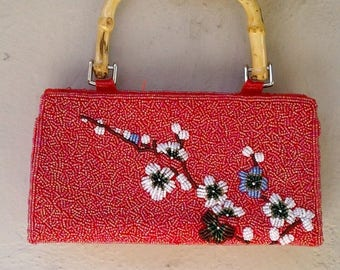 30% MOVING SALE 90s red BEADED hand bag / Asian floral purse / bamboo handle