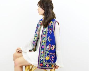 Embroidered waistcoat, vintage ethnic jacket, floral embroidered waistcoat, boho waistcoat, festival jacket