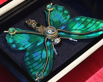 Small steampunk butterfly sculpture - Green wings