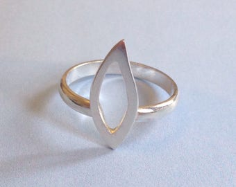 Little Flame ring (size 6)