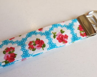 Key fob rose print - vintage print - floral print key fob - stocking filler - cracker present - Secret Santa