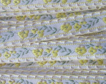 "3 Yards Folkloric Woven Jacquard Ribbon Floral Scallop Edge Trim 5/8"" Wide HG07"