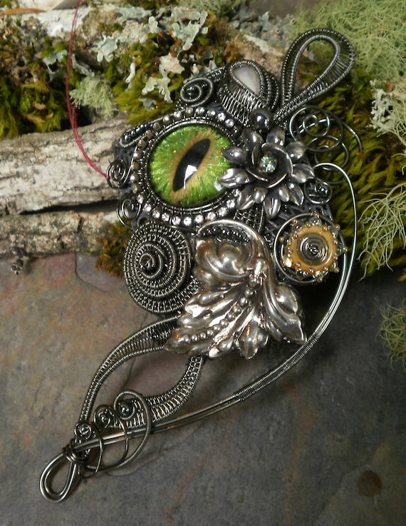 Gothic Steampunk Pin Pendant in Dark Silver with Pearl and Green Eye