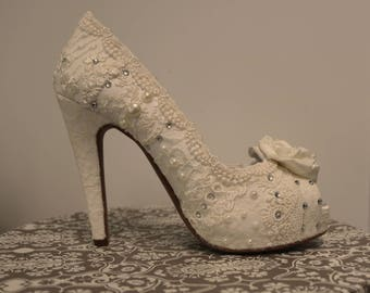 Lacey Ivory wedding shoes ..5 inch heels .. Vintage Lace shoes .. Bridal Heels . High Heel Wedding Shoes . Vintage Lace Wedding Shoes