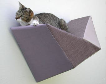 Geometric bed cat wall shelf in grey linen-look and taupe