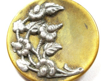 """Medium Antique Floral BUTTON with flowers, 1""""."""