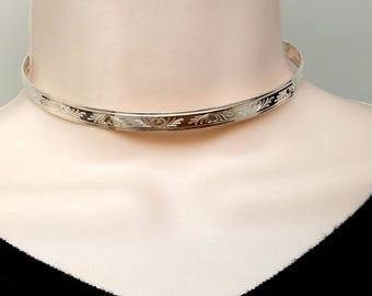 "14"" In Stock Sterling Silver Locking Slave Collar Bas Relief Heart Motif With Stainless Clasp"