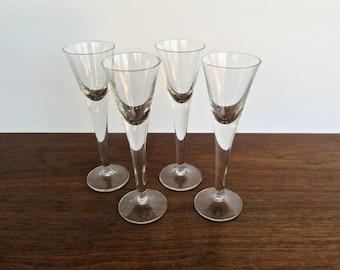 Chateau Clear Crystal Wine-Aquavit by Kosta-Boda, 1982 MCM Barware, Set of 4 Modern V-Shape Stemware