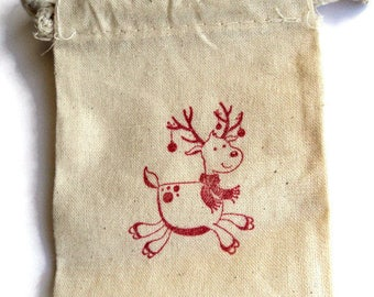 6 Muslin Bags, Christmas Reindeer, gift Bags, Packaging, 4x4 Inches, Hand Stamped Red, Party Favor Bags by Takuniquedesigns