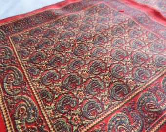 Set of 6 Red Paisley Napkins  / mexican cotton napkins / paisley print / 100% cotton
