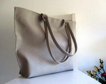 Beige / Pale Taupe / Grey Vegan Leather - XL Tote / Shoulder Bg