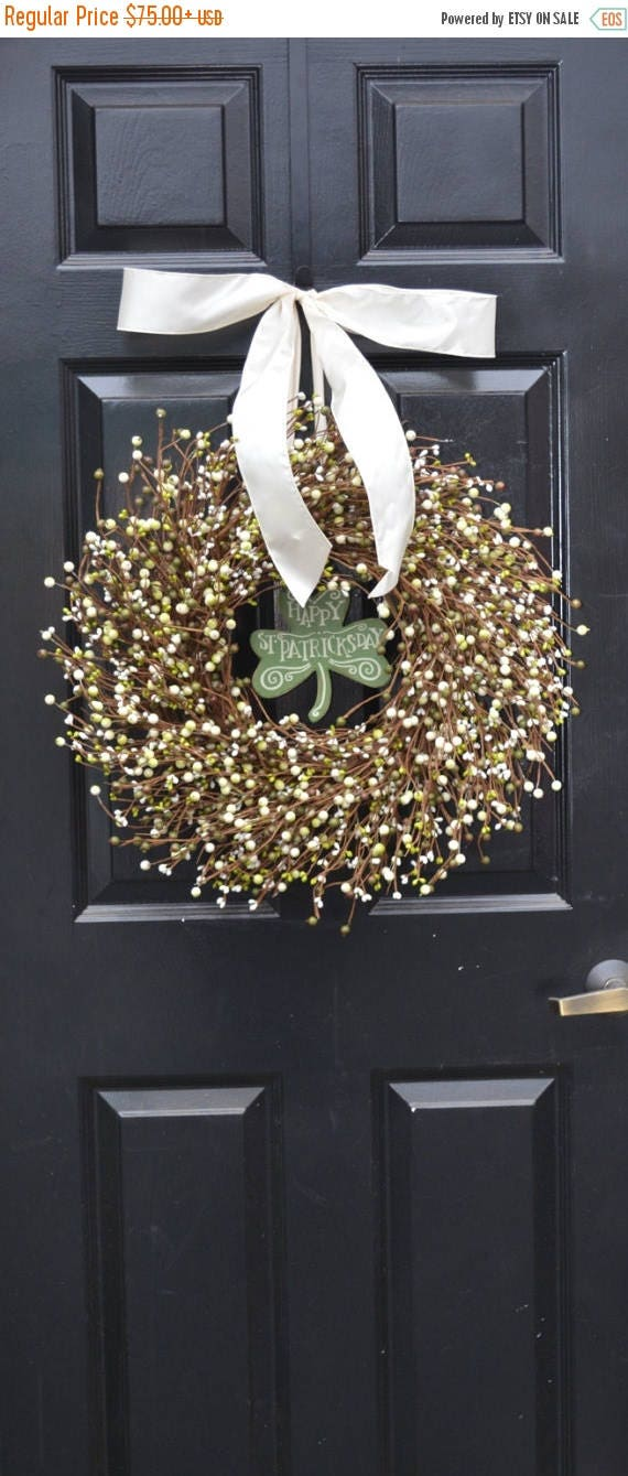 SUMMER WREATH SALE St Patricks Day Wreath, Spring Decorations, Green Cream Berries, Berry Wreath, Spring Wreath, Easter Decor, Front Door De