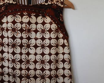 batik in browns...ladies summer shift with pockets in vintage cotton