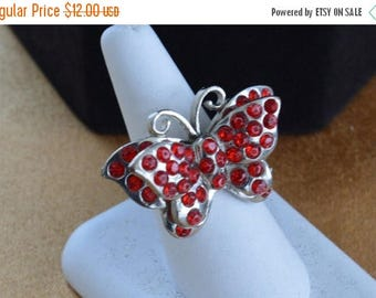 ON SALE Pretty Vintage Red Rhinestone Butterfly Ring, Silver tone (Q5)
