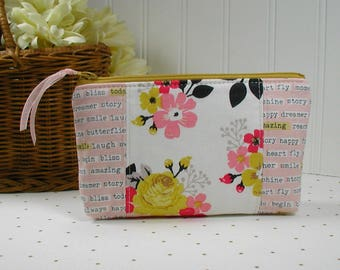 Zipper Pouch, Planner Pouch, Accessory Pouch, Pen Pouch...Vintage Daydream in Cream and Pink
