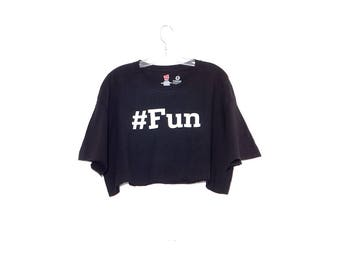 black HASHTAG FUN statement tee tshirt / 90s crop top t shirt tee rolled hem oversized fit 90s grunge 90s clothing
