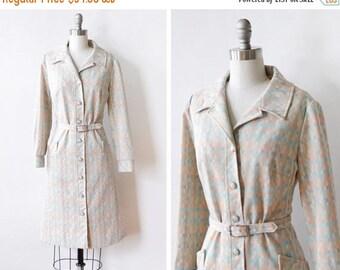 20% OFF SALE 60s checkered mod dress, 1960s mod scooter dress, vintage button up mod dress, medium large ml