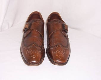 Sz 10.5 Vintage brown leather 1960s Men French Shriner shoes with fold over flap and buckle.
