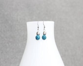 Boucles d'oreilles turquoise, émeraude, boucles d'oreilles chic, minimaliste, acier inoxydable, inox, chic, cristal, cristaux tous les jours