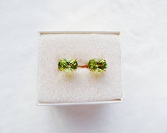 Peridot Stud  Earrings 10K Yellow Gold Post Clutch Gemstone Vintage Estate Jewelry August Birthstone Checkerboard Cut