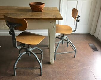 vintage industrial metal and wood stool / vintage drafting stool bar stool
