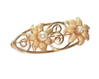 Cultured Pearl Oval Pin Brooch Flowers Gold Tone Vintage
