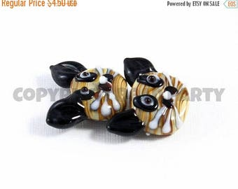 20% OFF LOOSE Lampwork Glass Beads - Large Swirled Tan and Black Cat Heads (2 beads) - gla1096