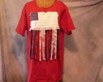 USA Flag T Shirt Boho Womens Size L, 1x V Neck Red Sari Silk, Lace, Fringe Quilted Patchwork Stars Stripes Art Wear Fringe Upcycled Homespun