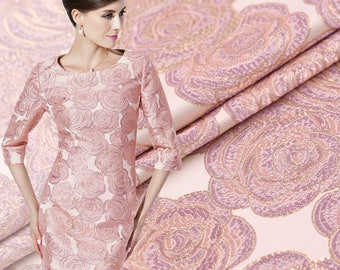 Limited Hot Sale Export Italy Pink Rose Jacquard Gold Brocade Fashion Fabric for Dress Crisp Tissu au Meter Bright Cloth DIY
