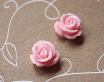 free UK postage- pack of 10 Pink Resin Flower Cabochons 12 mm
