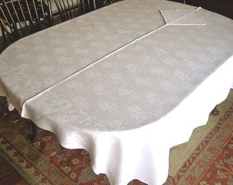 "Vintage White DAMASK Tablecloth Sleek ALL LINEN Silhouette Leaves Flowers 66"""