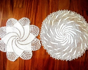 Doily HAND CROCHETED Lace Dresser Runner Bureau Scarf Cotton Tablecloth Pearl Finish Duo