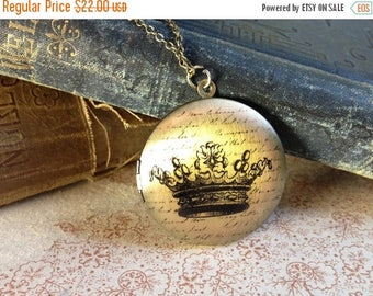 30% OFF Crown Locket Necklace - Fairytale Vintage Illustration - Elegant Jewellery - Unusual Necklace