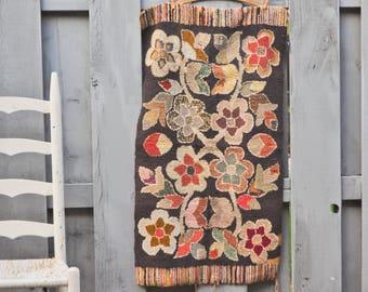 Antique Hooked Rug Early Folk art Are Rug Handmade Depression Craft Floral