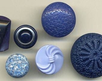 Lot of BLUE Syn/Poly Buttons for Competition
