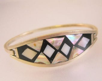 XMAS in JULY SALE Mexican Abalone Shell & Onyx Alpaca Hinged Bangle Bracelet Vintage Jewelry Jewellery