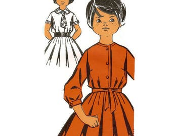 1960s Girls Full Skirted Dress Pattern Patron Modèle 76170 8 - 10 years