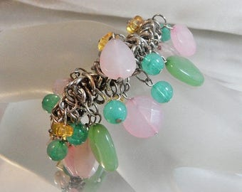SALE Vintage Pink Mint Green Charm Bracelet.  Frosted Beads. Dangling. Lucite.