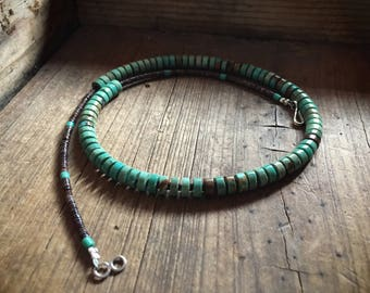 """Vintage 18"""" green turquoise and pen shell heishi necklace, Native American Indian jewelry, Southwestern choker, turquoise jewelry bohemian"""