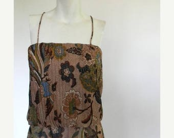 SUMMER SALE vintage. 70s Sleeveless Batik Print Dress // M