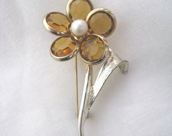 Vintage  Floral Delite Amber Rhinestone flower pin brooch by Sarah Coventry