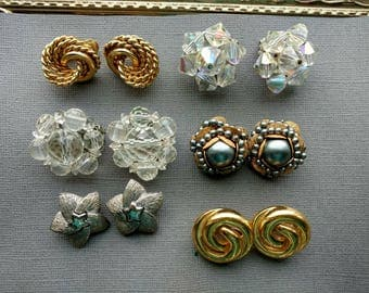 Clip On Earring Lot - Vintage Craft Lot- Jewelry Lot - Grey Gold White Rhinestone  - Crystal Cluster Earrings D128