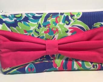 Lily Pulitzer Toucan Play Bow Clutch Floral Wristlet Spring Clutch Summer Clutch Cruise Bag Vacation Bag